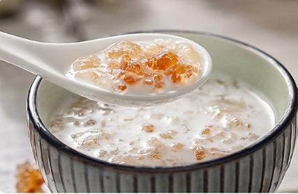 桃胶皂角米粥