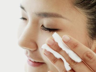 日常皮肤保养的基本步骤
