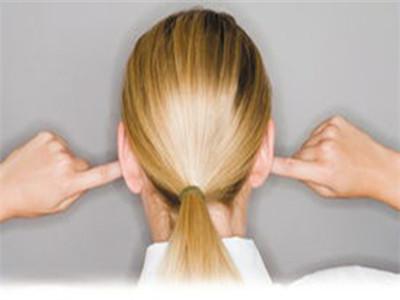 中耳炎的症状和治疗 治疗注意事项早知道