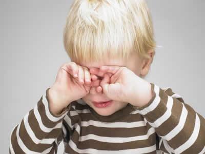 眼睛痒是怎么回事 用心守护心灵窗户