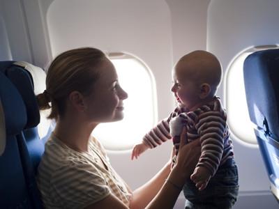2岁宝宝坐飞机 呕吐