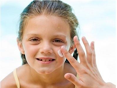 擦护肤品的正确步骤及注意事项